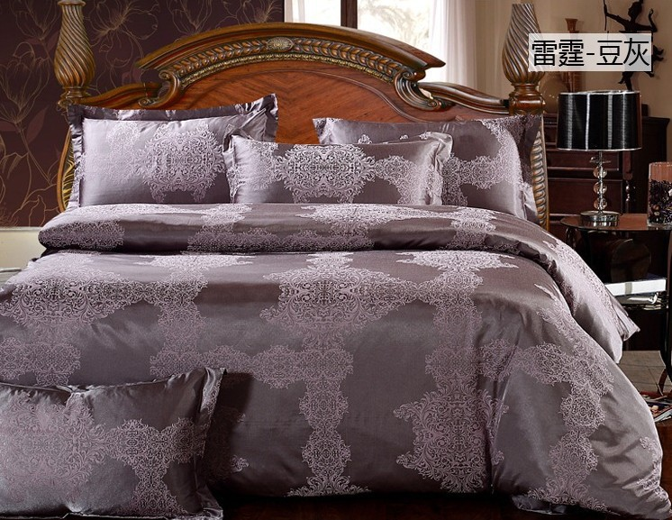 King/Queen size Luxury palace style 4pcs silk satin jacquard bedding/bedspread/coverlet/duvet cover set/B2309 Express shipping(China (Mainland))