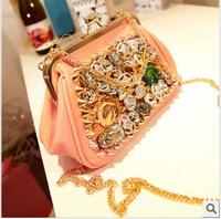 2014 Korean version of the new European and American women bag handbag women Messenger bag rivet clip coin pouches