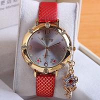 8 Colors Retro Leather Strap Watches Flower Pendant Watch Women Dress Watches Quartz Ladies Relojs