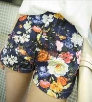 2014 Fashion Women's Vintage Flower Printed Jeans Shorts White / Blue Small fresh print denim shorts