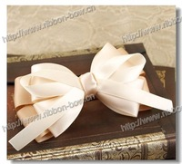 2014 hot sale ribbon hair bow with clip