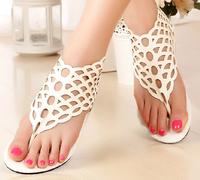New Fashion sweet Petals style women summer sandals lady Roman Flip flop sandals flats Sandals cut-outs black white size 35-40