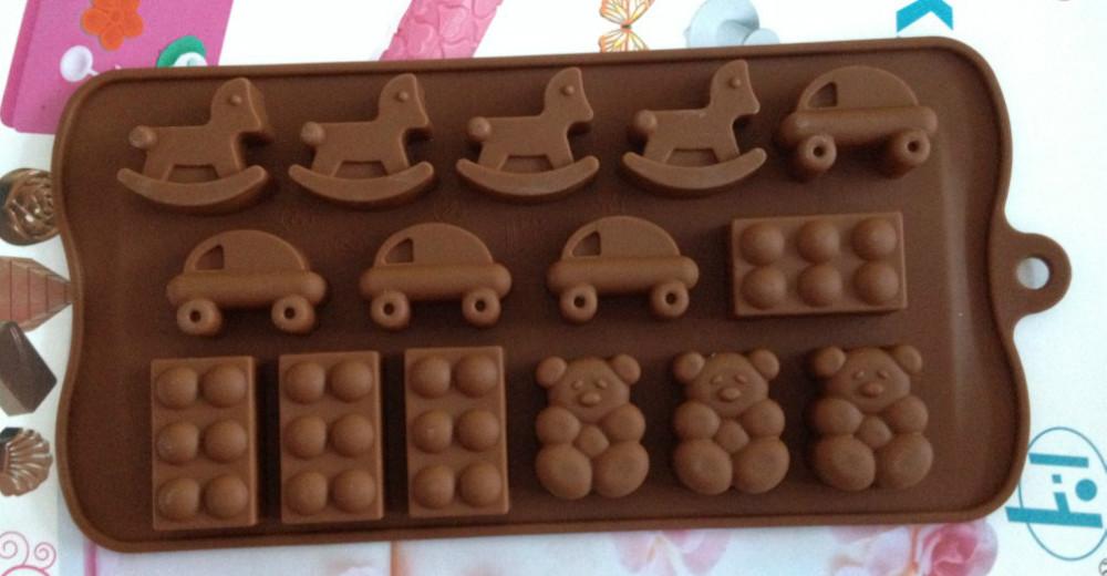 Cavalo de tróia carro sapatos urso forma Jelly Sweet Candy Muffin fondant de chocolate bolo Mold ferramenta Silicone molde Ice Baking DIY L054(China (Mainland))