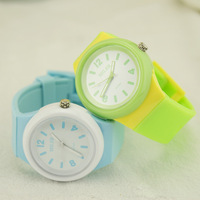 Fashion sports silica gel large dial waterproof ladies watch women's watch jelly table the trend of female student table