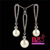 Daren 2 pieces jewelry sets wholesale long tassel pearl  pendant necklace and stud earrings Jewelry Sets DST013