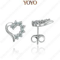18K White Gold Plated Shining Austria Crystal Heart Stud Earring (YOYO E365W1)