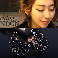 Earrings screw clip no pierced earrings symmetrical earrings black and white crystal female stud earring u98