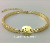 Wholesale Personalized Initial Letters Bracelet. 16k Gold Metal Bangle Bracelet. Initial Monogram Charm women Bangle Bracelet