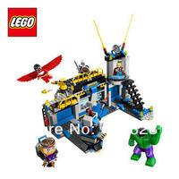 Free Shipping NEW Original educational brand lego Blocks toys 76018 super hero series Hulk Lab Smash 398PCS for Gift