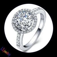 Super Shinning Hearts & Arrows Ideal cut Swiss Cubic Zirconia Diamond Halo Engagement Ring