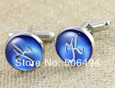 fantasia abotoaduras novo prata azul letra k abotoaduras l160 para a camisa(China (Mainland))