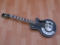 Can Custom LOGO White Skull Black L esa P a ul electric Guitar free shipping 1.4 musical instruments
