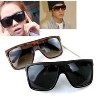 2014 New Brand Designer  Unisex Sunglasses Cool black sunglasses reflectorised women's vintage large frame sport  sunmer glasses
