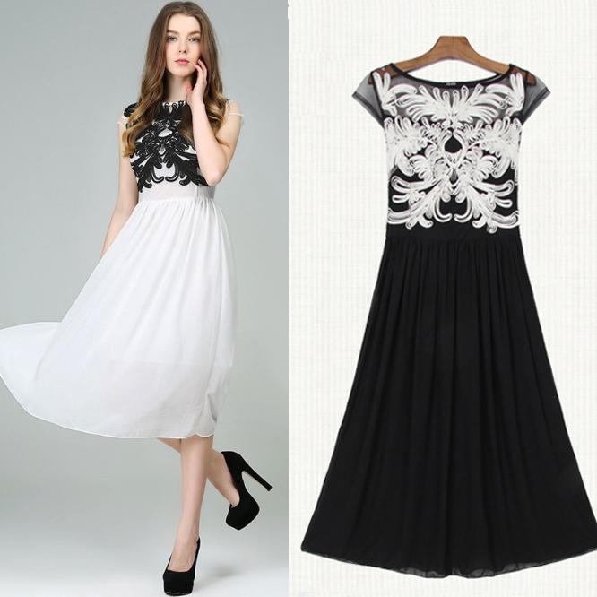 Disc Flowers Chiffon Dress