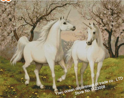 new arrivel diy diamond painting square drill cross stitch animal series fall in love of unicorn decorative painting hot sell(China (Mainland))