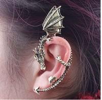 E-011  new 2014 free shipping  western style cool earrings fairy dragon shape antique silver/bronze women girl clip earring