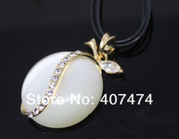 014 Fashion white Chain Concise Temperament Necklace For Women High Quality Sweater Chain fashion Cat eye pendant jewelry