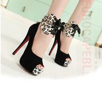Туфли на высоком каблуке SHL5120