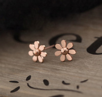 P 1388  Free shipping minimum order $10 (mix order) Korean style sweet small daisy flower stud earring for lady