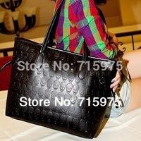 Sales New Black Women leather handbag Commuter belt skull shoulder desigual bags handbags women famous brands Free shipping