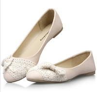 Lace bowtie genuine leather women flats 2014 hot new arrive two colors floral bowtie fashion woman single shoes,36-42