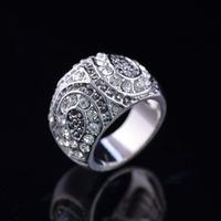 New Woman Full Rhinestone Platinum Plated Ring Decoration Engagement Birthday Gift Jewelry J00098