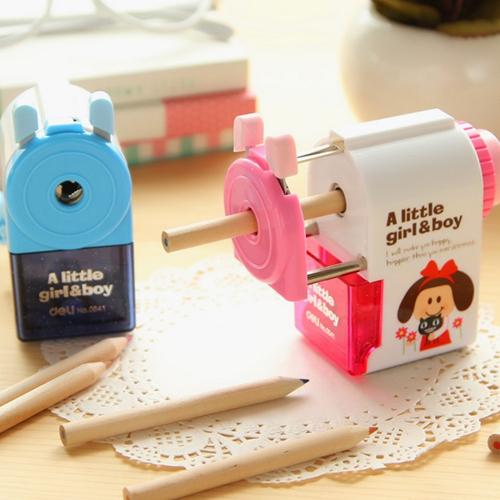 Deli Mechanical pencil sharpener machine Little Girl & Boy manual sharpener