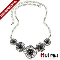 New Simple Shiny Charm Luxury Hollow Colorful Rhinestones & Semi-precious Stone Necklaces Jewelry for Women