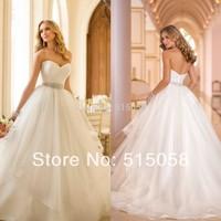 Romantic Style Sweetheart Ivory Organza Princess Wedding Dresses With Rhinestone Belt 2015 New Arrival