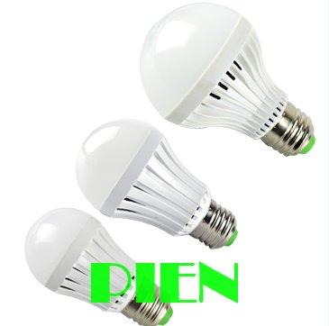 12W 9W 7W 5W Emergency light bulb rechargeable E27 bombillas with battery luz de emergencia 220V 110V Free shipping 5pcs(China (Mainland))