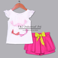 2014 Fashion Girl Clothing Set White Tshirt Hot Pink  Shorts With Yellow Belt Girls Fashion Wclothes CKids Apparel