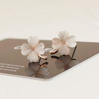 Fall in love high quality moonstone four leaf clover elegant fashion stud earring