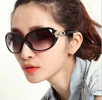 FreeShipping+2112 The new fashion women Sunglasses wholesale  with Aluminum and magnesium  polarized&Classic  driving glasses