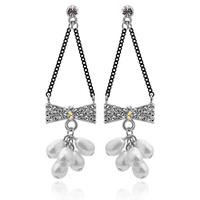 Bow pearl drop earring earrings -