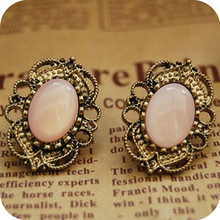 OMH wholesale Oe0037 fashion accessories vintage cutout laciness inlaying gem stud earring 8g