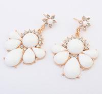 New Lovely White Flower Drop Earrings White Floral Statement Earrings cxt904440