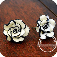 OMH wholesale EH06 brief fashion black and white rose stud earring earrings 4g  ( Wholesale 12 pair off 46% = $0.35 )