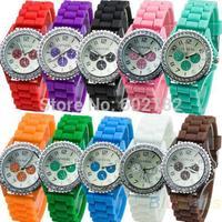 Hot-selling Unisex 3-Eyes Geneva Wristwatches Muticolor Fashion for Girls Boys Quartz Movement Silicone Band Free Shipping