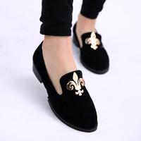 2014 spring velvet metal decoration flat round toe shoes girls single shoes vintage shoes