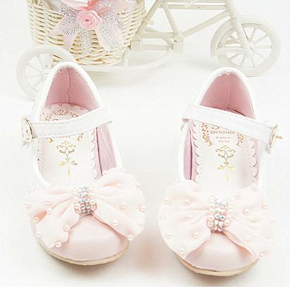 Кожаная обувь для девочек