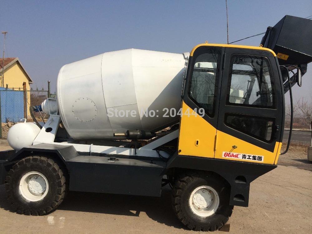 Portátil off road betoneira caminhão com auto carregamento fuction e motor Cummins / betoneira moble com escala carregador(China (Mainland))