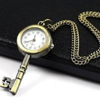Free Shipping Court Table Key Pocket Watch Necklace Wall Chart Pendant Bronze E2558