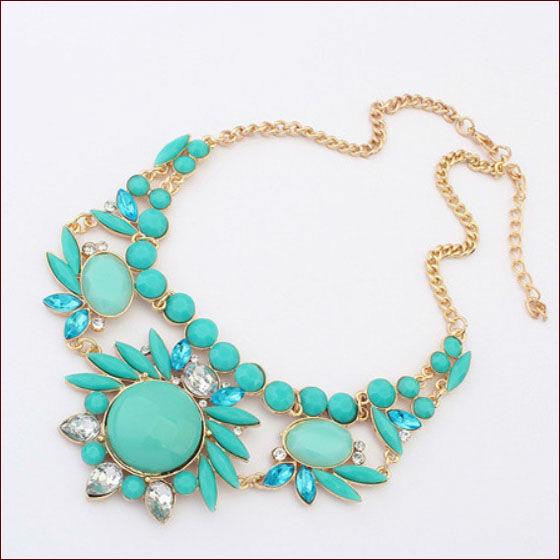 6 Colors Free Shipping 2014 Ethnic Joker Acrylic Charm Necklaces Pendants Fashion Jewlery Items Statement Jewelery