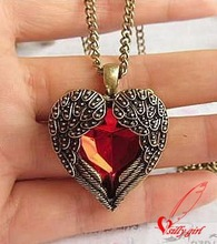 2014 Vintage Ruby Peach Necklace Palace Carved Red Heart Love Necklaces BC1517(China (Mainland))