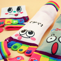 2014 NEW young girls and ladies cute smeil 100% cotton toe socks short women's five-toe bright color socks 3 pairs = 6 pieces