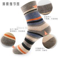 Free shipping 10 pairs/lot ,Male Rabbit Wool Socks/Striped socks New Fund 2015 Autumn Winters Hygroscopic thermal sock Men Sock