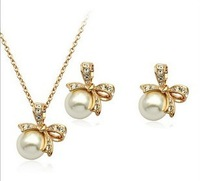 Fashion Popular Full rhinestone Bowknot Crystal Earrings Necklace Bow set Leaf jewelry sets wholesale