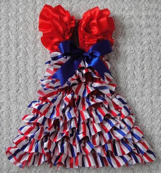 New baby girl's gallus dresses 2014 summer satin fashion christmas stripe bowknot princess dress cake dress baby clothing 0-4Y(China (Mainland))
