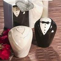 1Set/2PCS Wedding Party Gift Ceramic Bride/Groom Pepper Salt Shaker Pots Cruet Caster