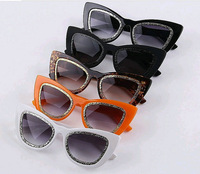 Free dropshipping 2014 New Arrival Contemporary Designer Sunglasses Cat eye Frame Eyewear Summer Outfit  sg208
